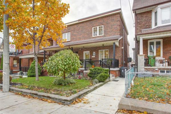 24 Greenlaw Ave, Toronto
