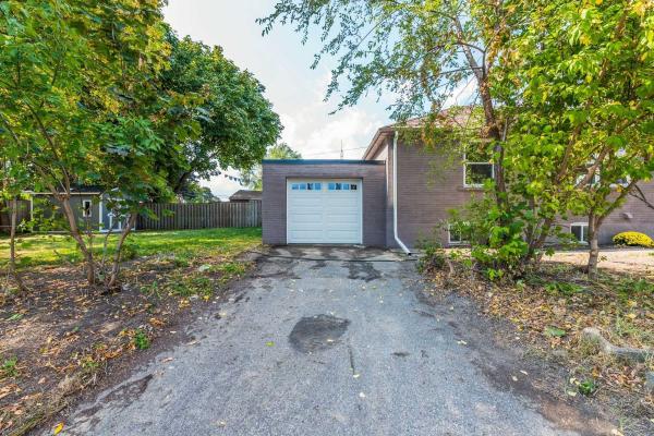 581 Evans Ave, Toronto