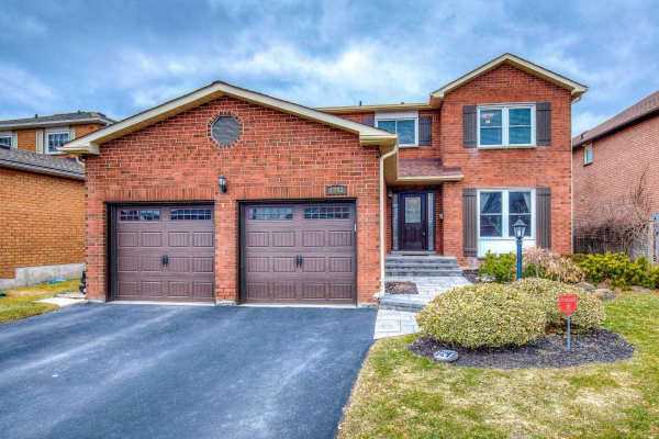 1243 Valleybrook Dr, Oakville