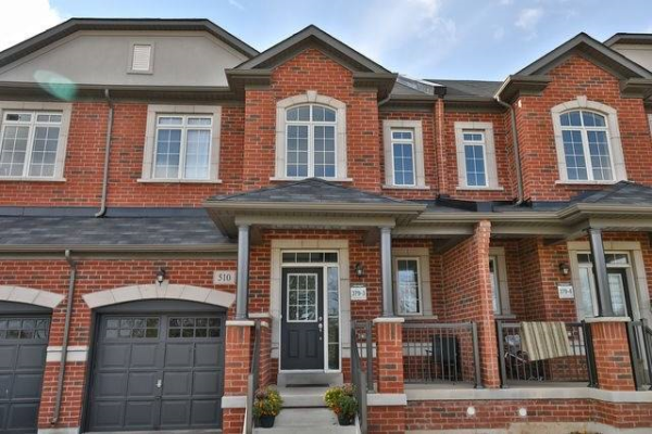 510 Threshing Mill Blvd, Oakville