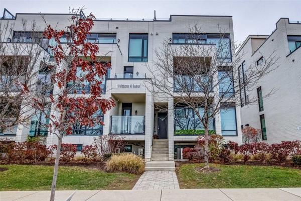 138 Widdicombe Hill Blvd W, Toronto