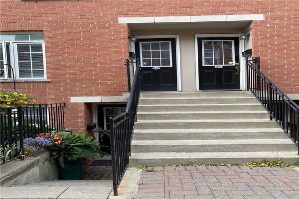 870 Jane St, Toronto
