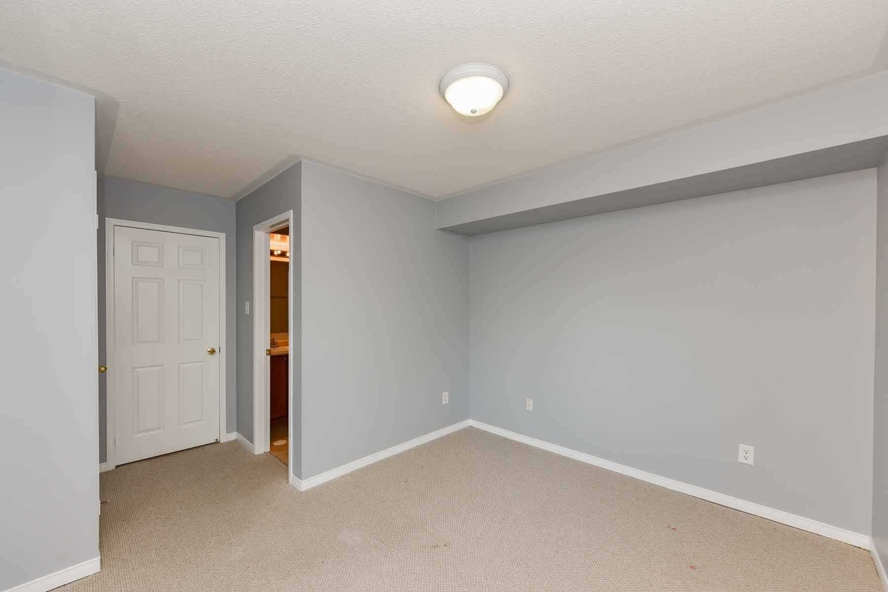 Listing W4980259 - Thumbmnail Photo # 33