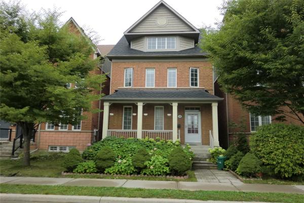 32 Leitch Ave, Toronto