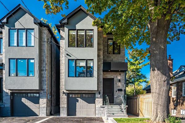 978 B Kipling Ave, Toronto