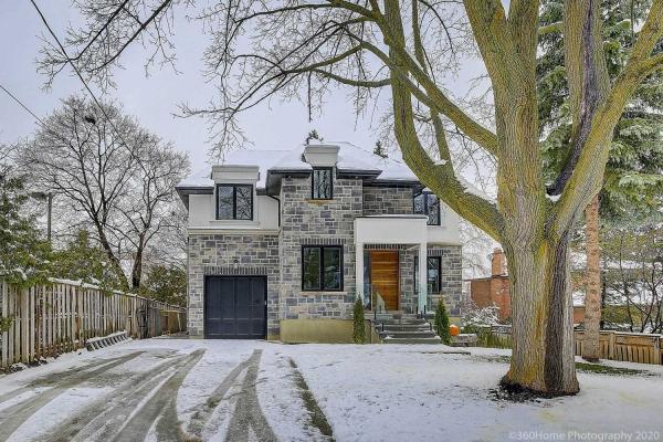 20 Mountbatten Rd, Toronto