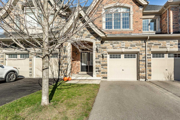 2491 Gateshead Common, Oakville