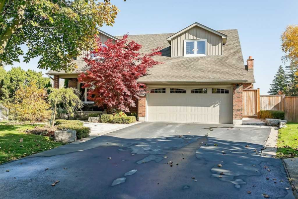 1712 Hollow Oak Terr, Mississauga