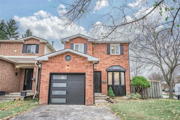 2 Lawnview Crt, Brampton