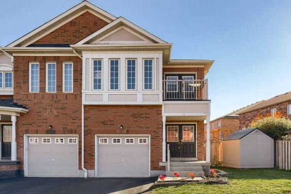 550 Courtney Valley Rd, Mississauga