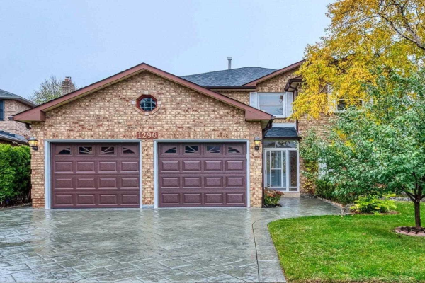 1296 Creekside Dr, Oakville