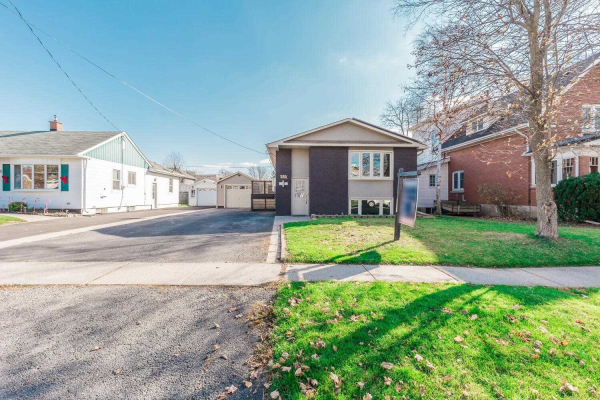 350 Woodward Ave, Milton
