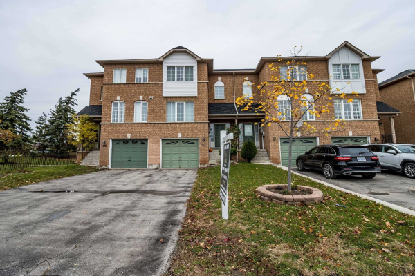 137 Brickyard Way, Brampton