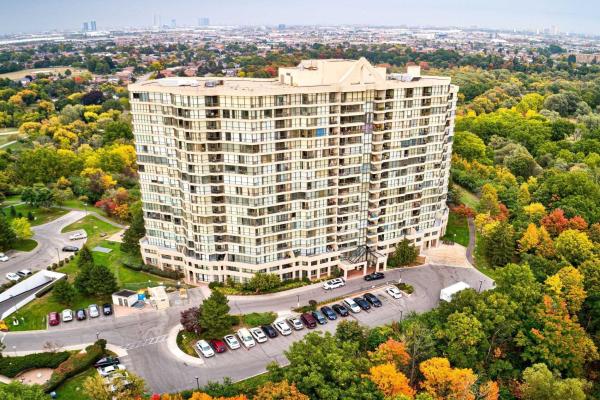 5 Rowntree Rd, Toronto