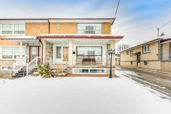 20 Thurrock Rd, Toronto