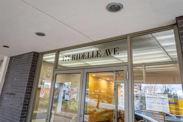 377 Ridelle Ave, Toronto