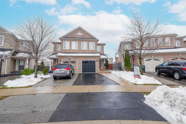 3446 Fountain Park Ave, Mississauga