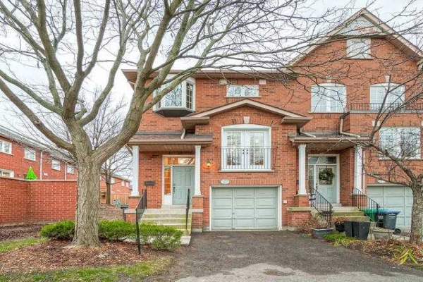 1591 South Parade Crt S, Mississauga