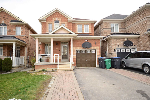 13 Fishing Cres, Brampton
