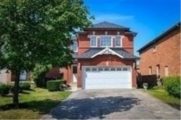 7016 Stoneywood Way, Mississauga