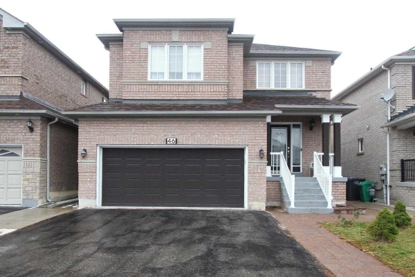 46 Feather Reed Way, Brampton