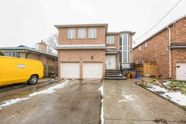 38 York St, Mississauga