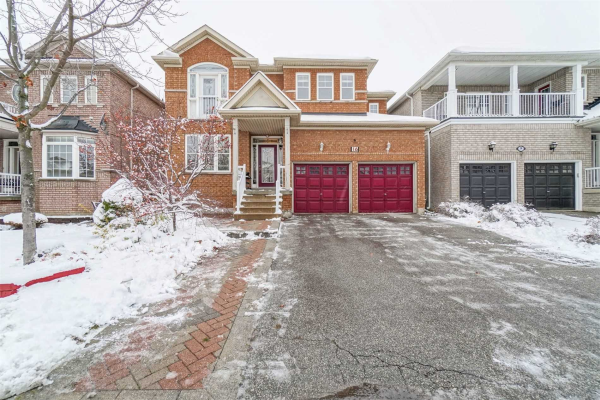 16 Outlook Ave, Brampton