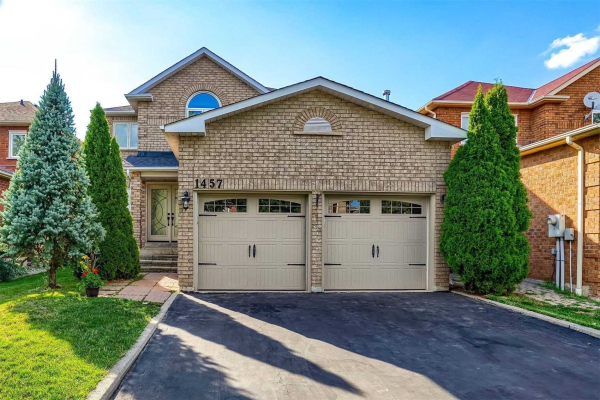 1457 Royal Rose Crt, Mississauga