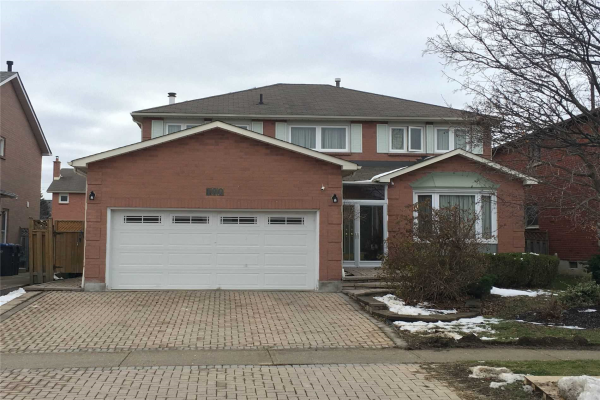 100 Braidwood Lake Rd, Brampton