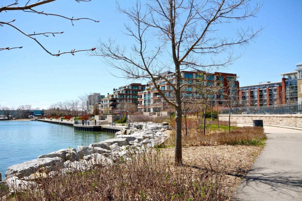 65 Port St E, Mississauga