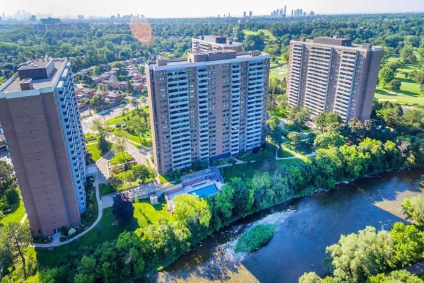 260 Scarlett Rd, Toronto