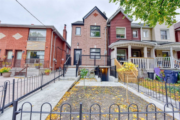 19 Bartlett Ave, Toronto