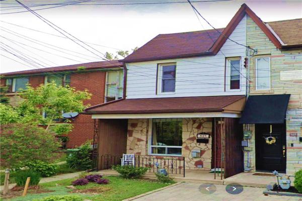 527 Quebec Ave, Toronto