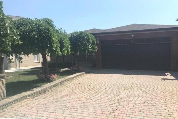 299 Cornelius (Upper) Pkwy, Toronto