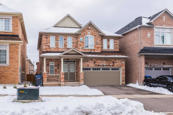 $1,299,900 • 10 Young Garden Cres , Credit Valley