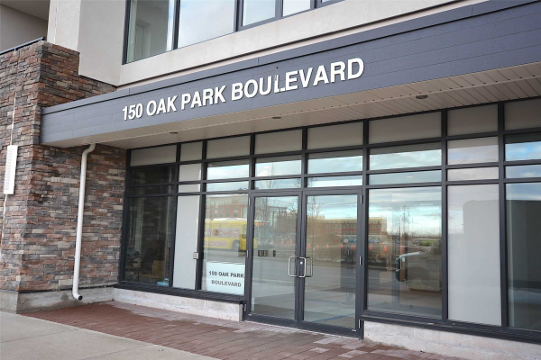 150 Oak Park Blvd, Oakville