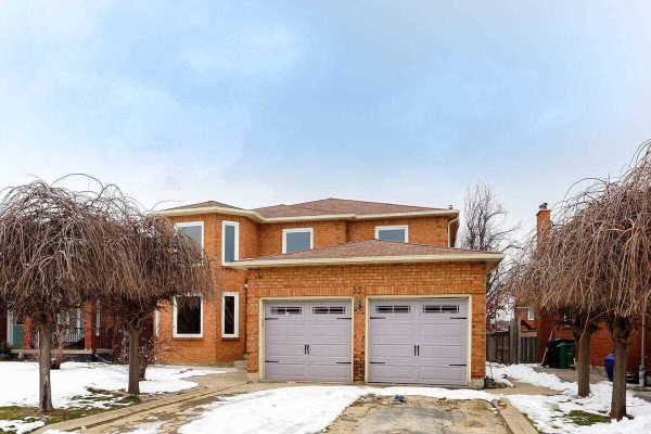 131 Braidwood Lake Rd, Brampton