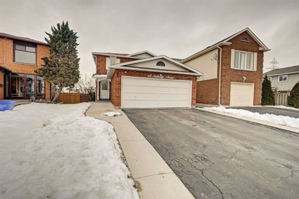 48 Stalbridge Ave, Brampton