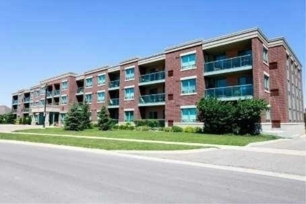55 Via Rosedale Way, Brampton