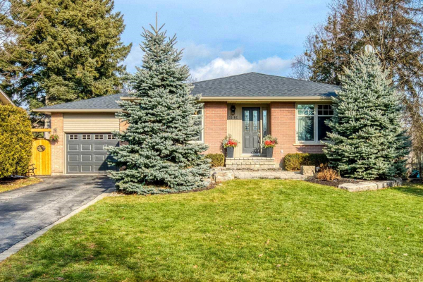 1195 Half Moon Lane, Oakville