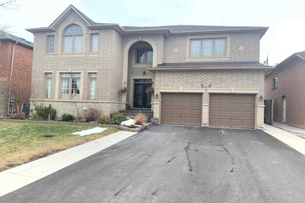 552 Feathergrass Cres, Mississauga