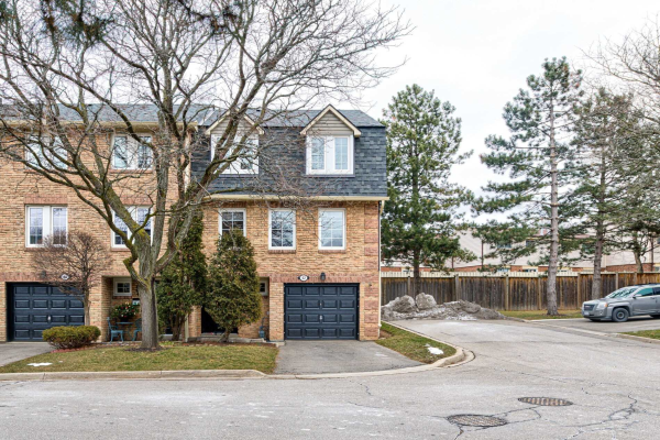 2766 Folkway Dr, Mississauga