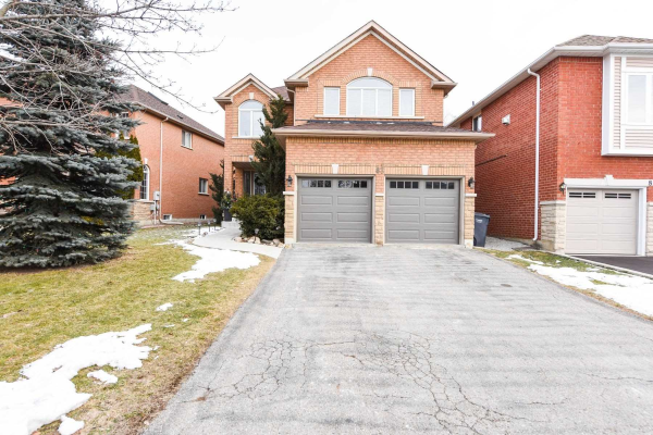 83 Summer Valley Dr, Brampton