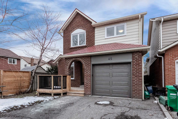 45 Buckland Way, Brampton