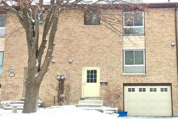 355 Ontario St N, Milton