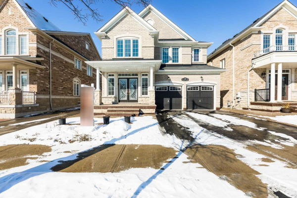 50 Castle Oaks Crossing Rd, Brampton