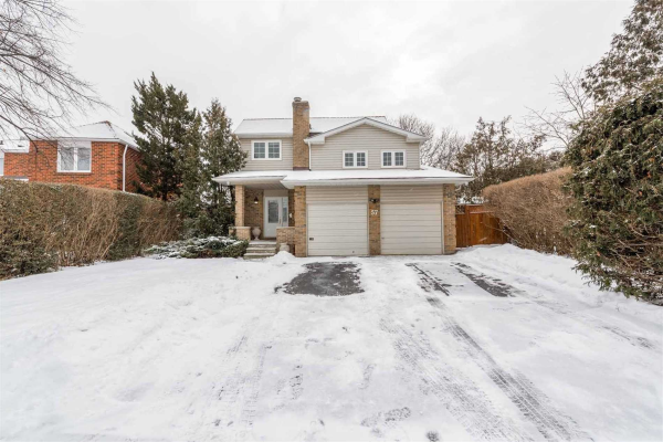 57 Peelton Heights Rd, Brampton