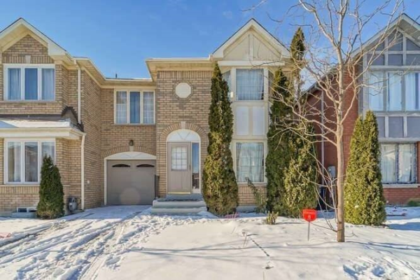 23 Morningdew Cres, Brampton