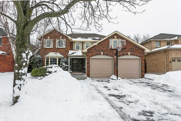 1176 Old Colony Rd, Oakville