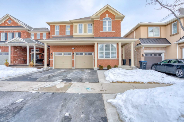 13 Fenchurch Dr, Brampton